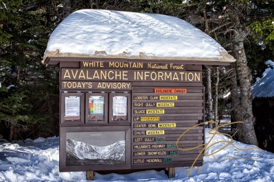 "Listing the danger from moderate to low, the avalanche information sign is a ""must read"" for anyone visiting Tuckerman Ravine."