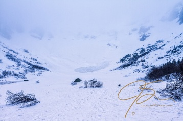 Whiteout conditions in Tuckerman Ravine