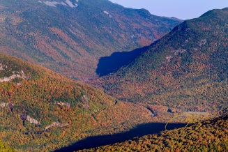 Gorgeous fall color in Crawford Notch, NH