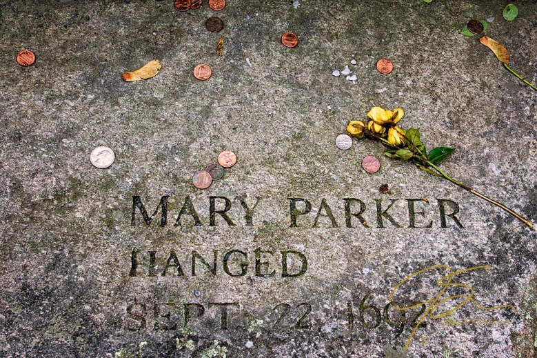 Memorial To Mary Parker, Accused Witch