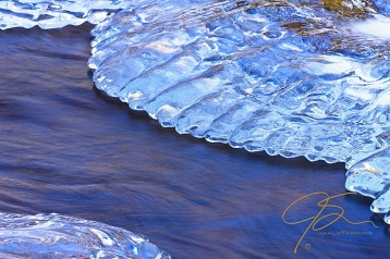 ice_water_motion_2723