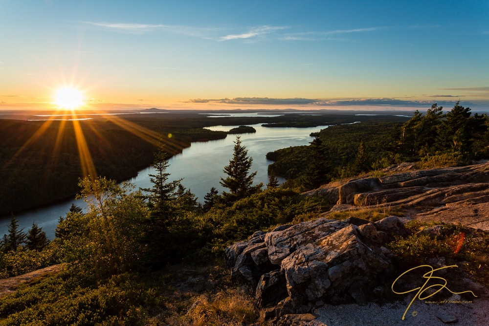 beech_mountain_sunset_with_lens_flare_0929