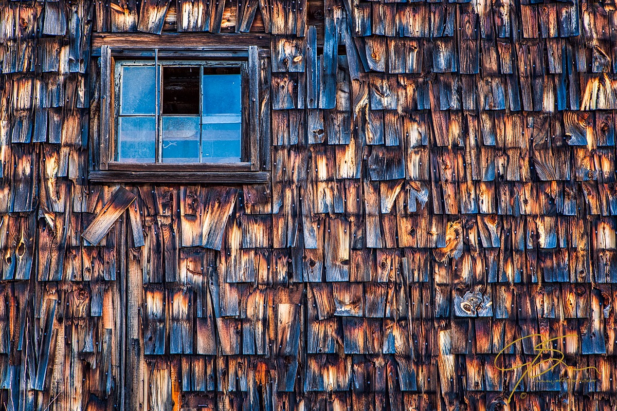 barn_window_2784-Edit