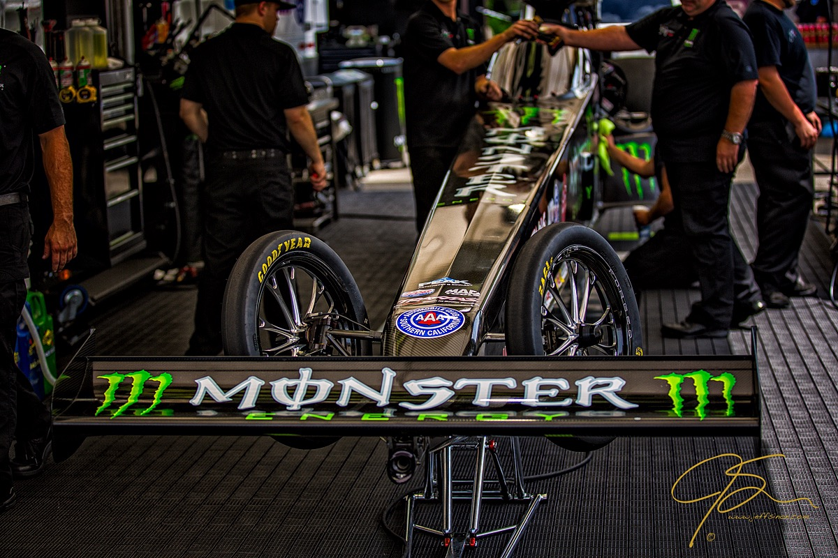 britanny_force_monster_dragster_3493-Edit