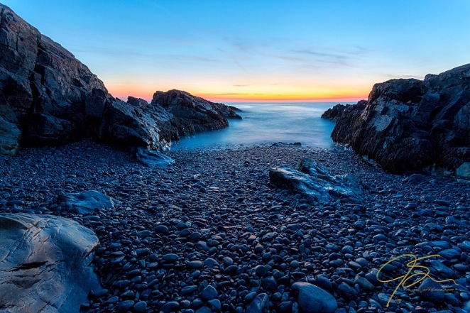 cobblestone_beach_marginal_way_2665