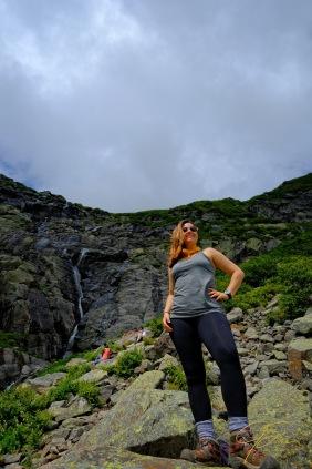 female hiker in tuckerman ravine