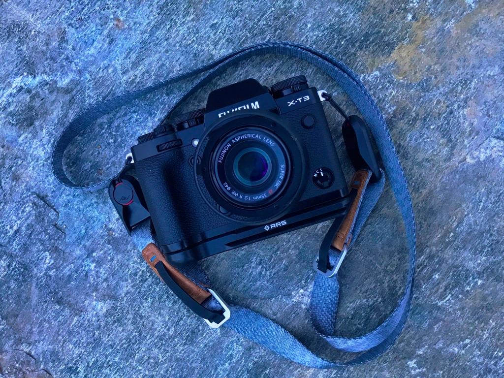 Fujifilm xf35mm f2 R WR lens mounted onto the X-T3 camera body.